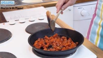 Chorizo in der Pfanne