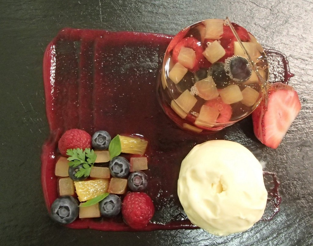 Elderfower fruit jelly with rosewater icecream