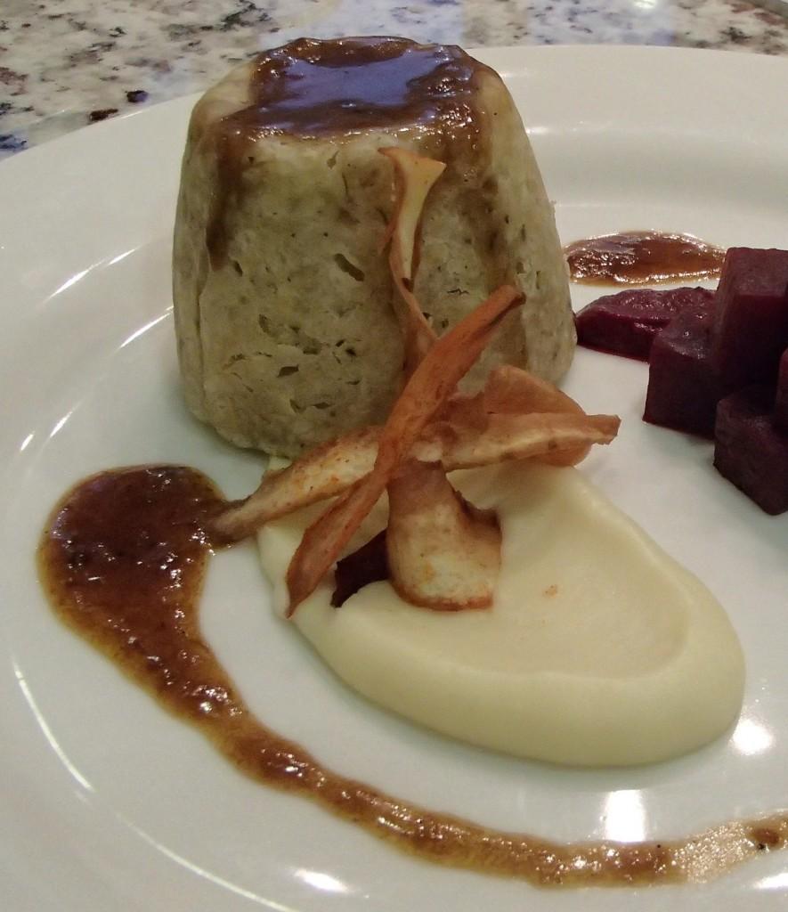 klassischer, englischer Beef Suet Pudding